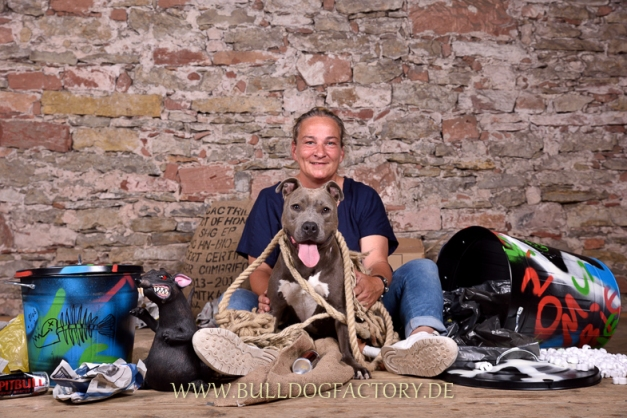 Eva mit Amy - Bulldogfactory2